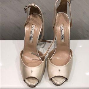 Oscar de la rente size 37. Bridal shoes